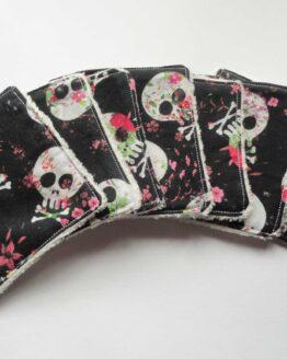 Lingette demaquillante lavable skull et fleurs en coton