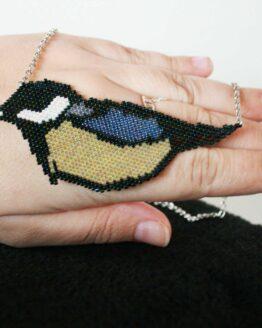 Collier mésange, collier oiseau, collier tissé à la main, artisanant français, made in france, collier perles, collier tissé, collier miyuki, collier brick stich