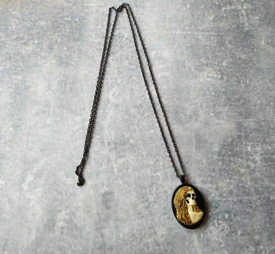 Collier camée gothique, collier halloween, collier crane femme, collier tête de mort, collier goth, collier rock, bijou rock