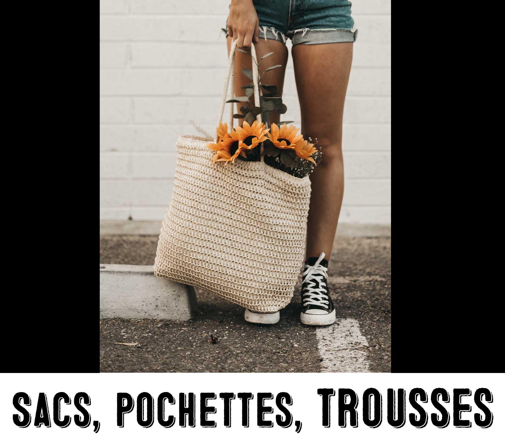 Sac avec des fleurs pour illustrer la catégorie sacs, pochettes et trousses