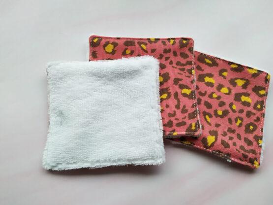 Débarbouillettes lavables léopard rose idéal pour peaux sensibles