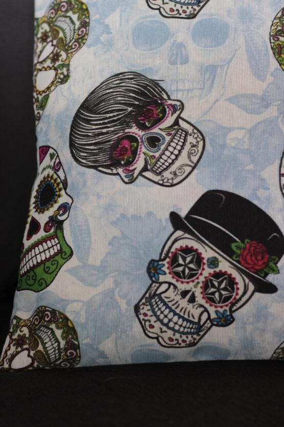 housse de coussin calaveras, housse de coussin rock, coussin rock, coussin rock'n'roll, housse de coussin skull, coussins calaveras , coussin skull, coussin tete de mort, housse de coussin tete de mort, housse de coussin crane, tete de mort mexicaine, coussin tete de mort mexicaine, coussin halloween, housse de coussin halloween, captain petit pois, decoration maison, decoration tete de mort, decoration halloween, accessoire maison, accessoire halloween, accessoire skull, accessoire tete de mort